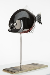 'racing piranha 2' Dimensions: L 300 mm  W 80 mm  H 400 mm  height on stand Weight: 550 grams