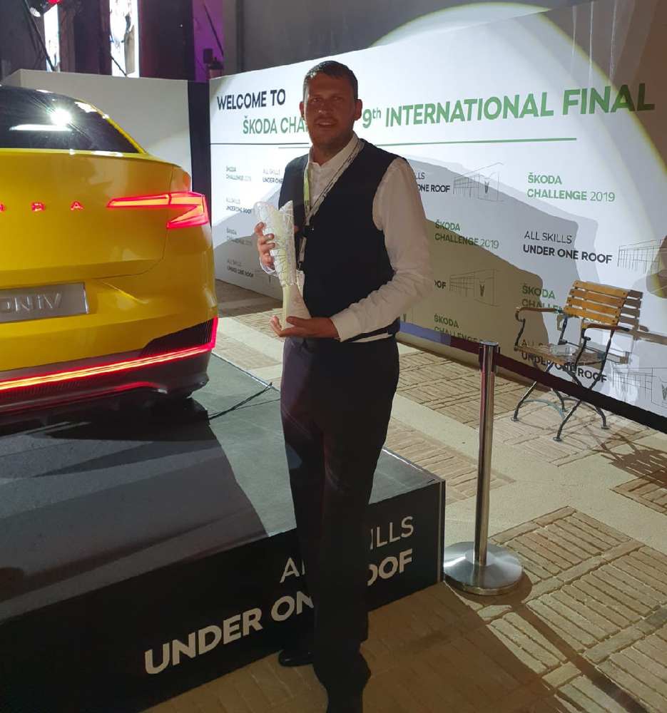 Spies Hecker refinisher wins ŠKODA UK Painter of the Year award