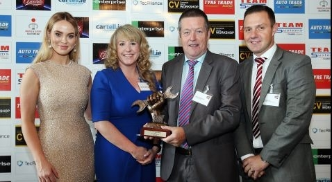 Spies Hecker named Paint Brand of the Year 2018 in Irish Auto Trade Awards